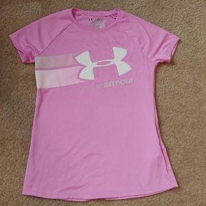 Youth small under armour loose fit top